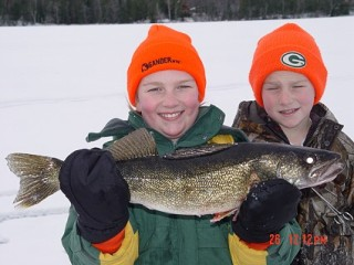 Wisconsin Ice Fishing Trips